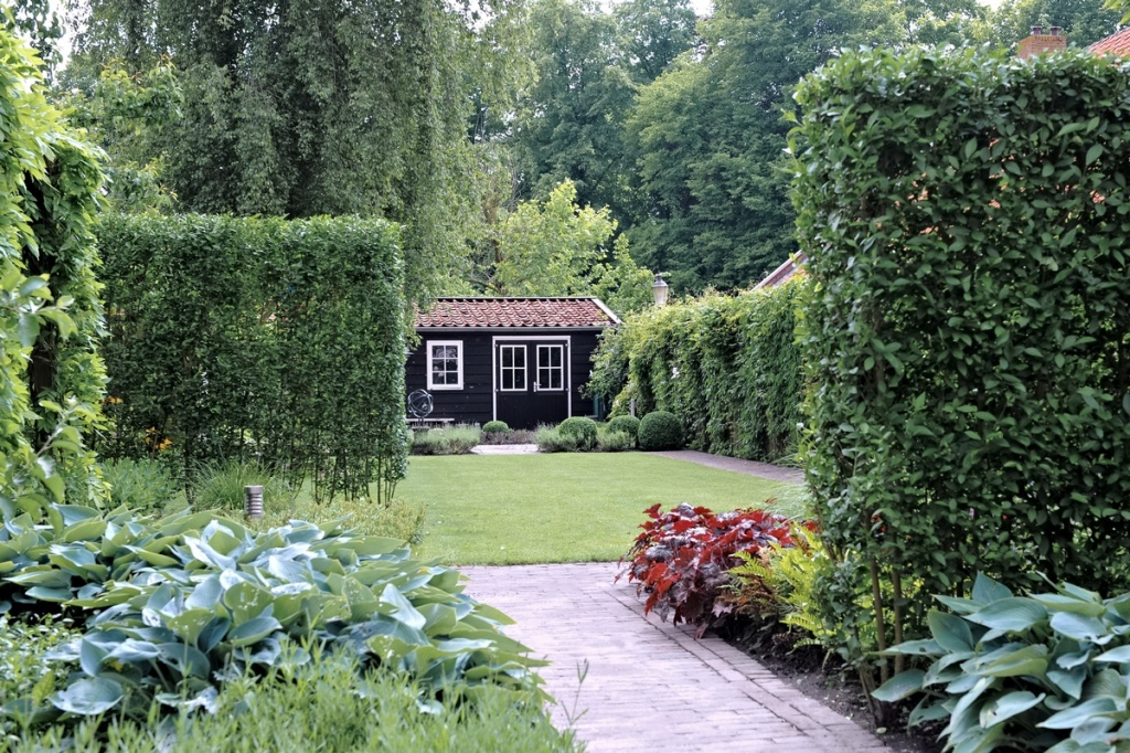 Tuin met landelijke sfeer in breda for Landelijke tuin aanleggen